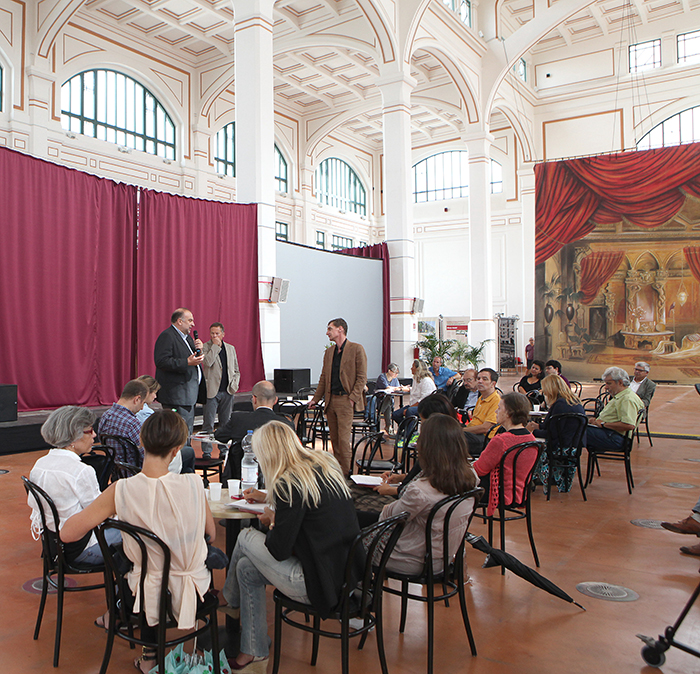 Salotto Vienna Trieste.Salotto Vienna A Trieste Il Primo Salotto Contemporaneo D